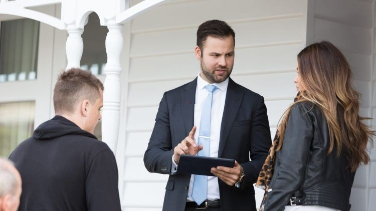 Real estate agent for selling businesses